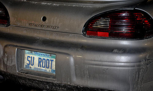 Foto de la matrícula del Super User ROOT